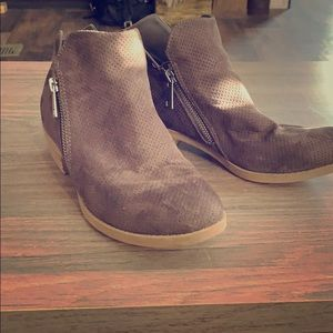 Shoes - Fall booties